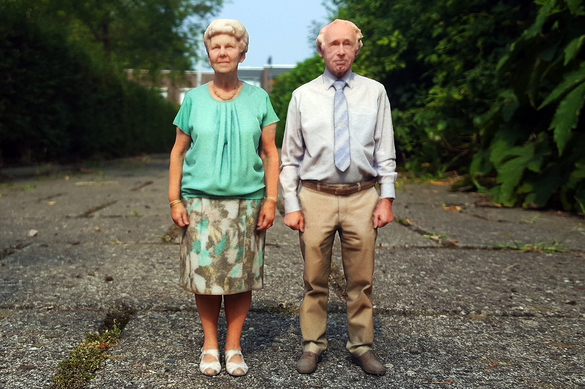 3d beeldjes opa en oma